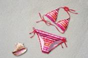 bikini-377487_640